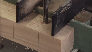 Benchtop Mortiser: Correct Cutting Technique