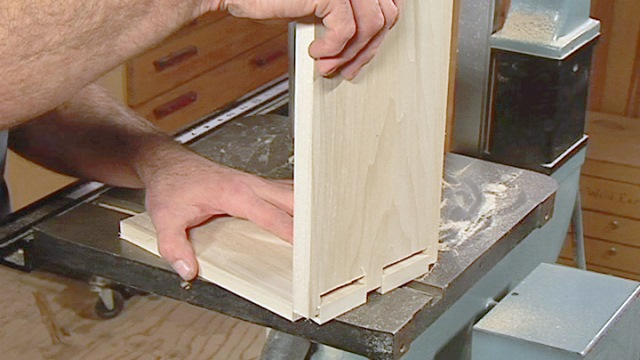 Cutting Dovetails On A Bandsaw