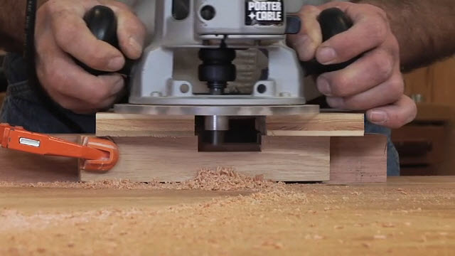 Using guide bushings on a router for How to use router template guide bushings