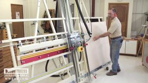 Versatility of a Panel Saw and Router Machine Combo