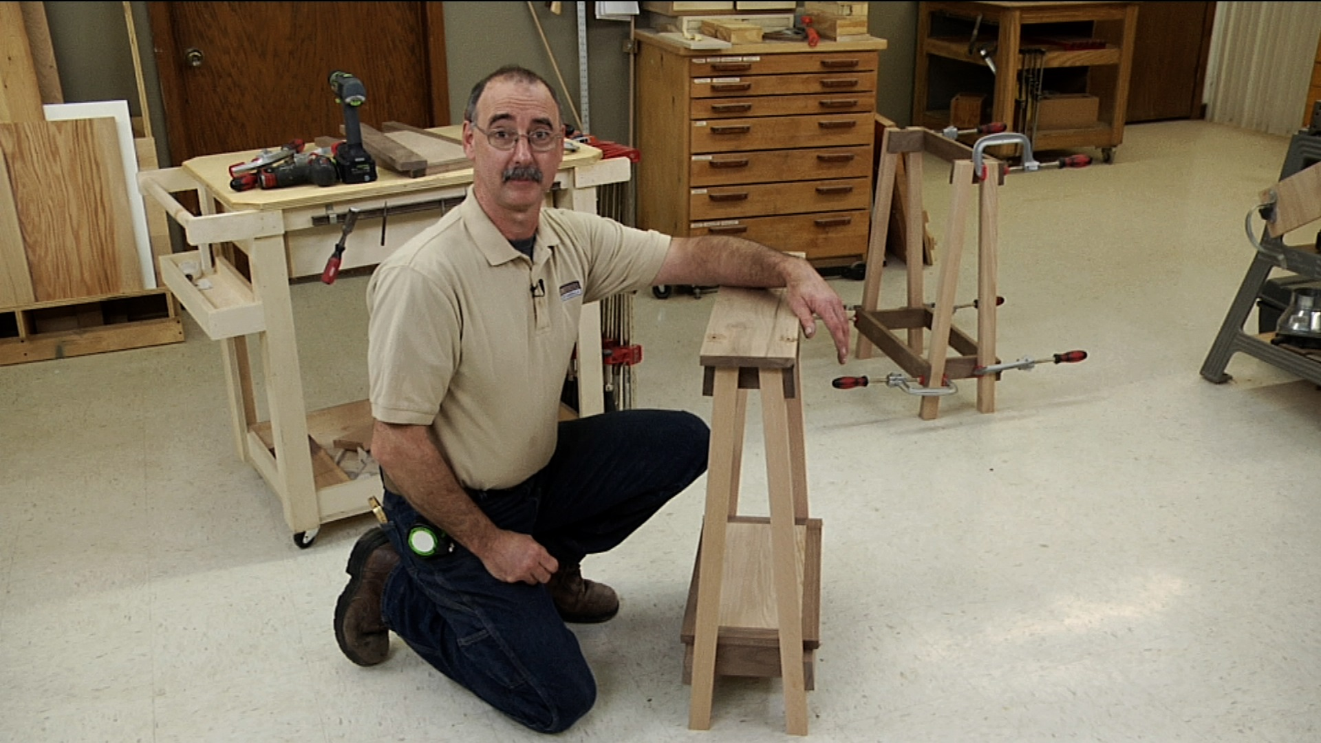 sawhorse projection
