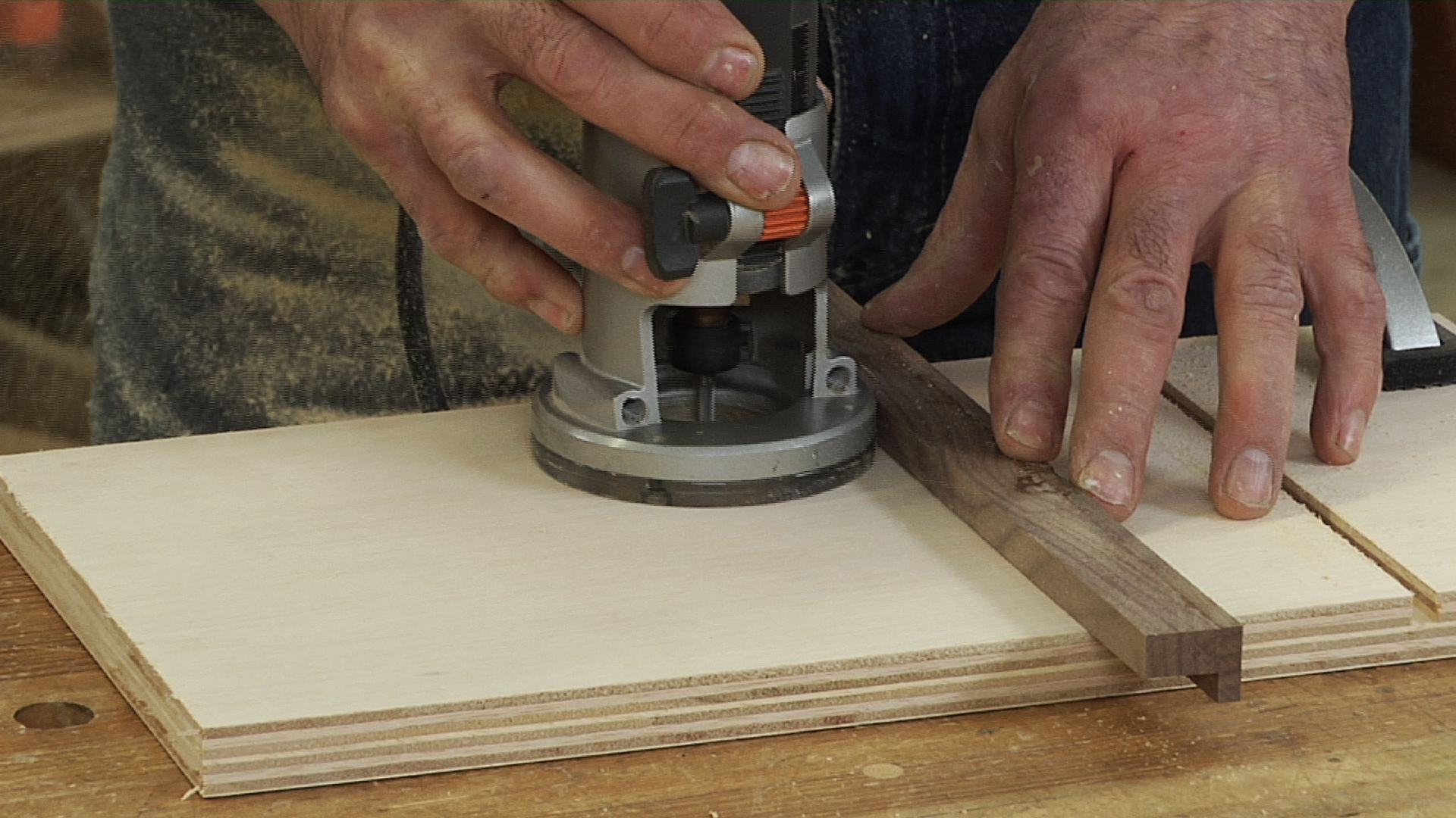Learn How To Use A Router Wood Router Projects Tips And Tricks