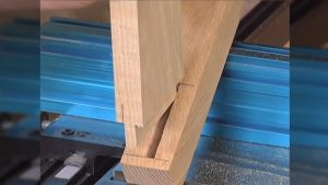 Cutting Tenons on the Band saw