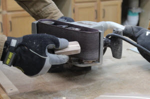 shape-shelf-with-belt-sander