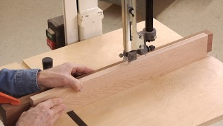 Resawing Wood Using a Bandsaw Resaw Fence