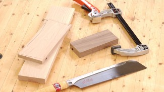 How to Use a Handsaw to Make Accurate Crosscuts