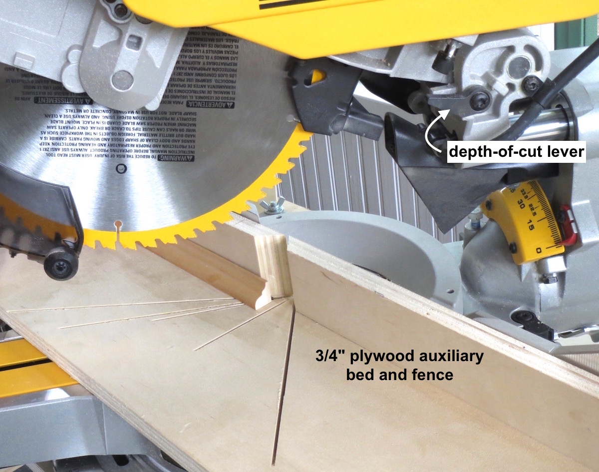 Tool review dewalt dsw 780 12 dual bevel compound miter saw dewalt dws780 12 dual bevel small part auxiliary fence mitersaw greentooth Image collections