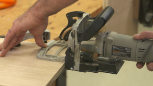 Biscuit Jointer: Register Off the Fence