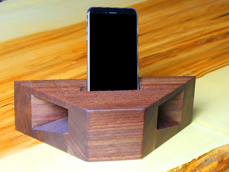 How To Build A Wooden Phone Amplifier And Charging Station Wwgoa