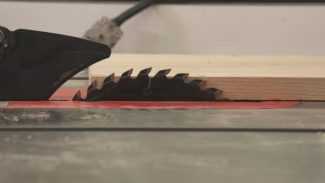 Determining a Safe Table Saw Blade Height