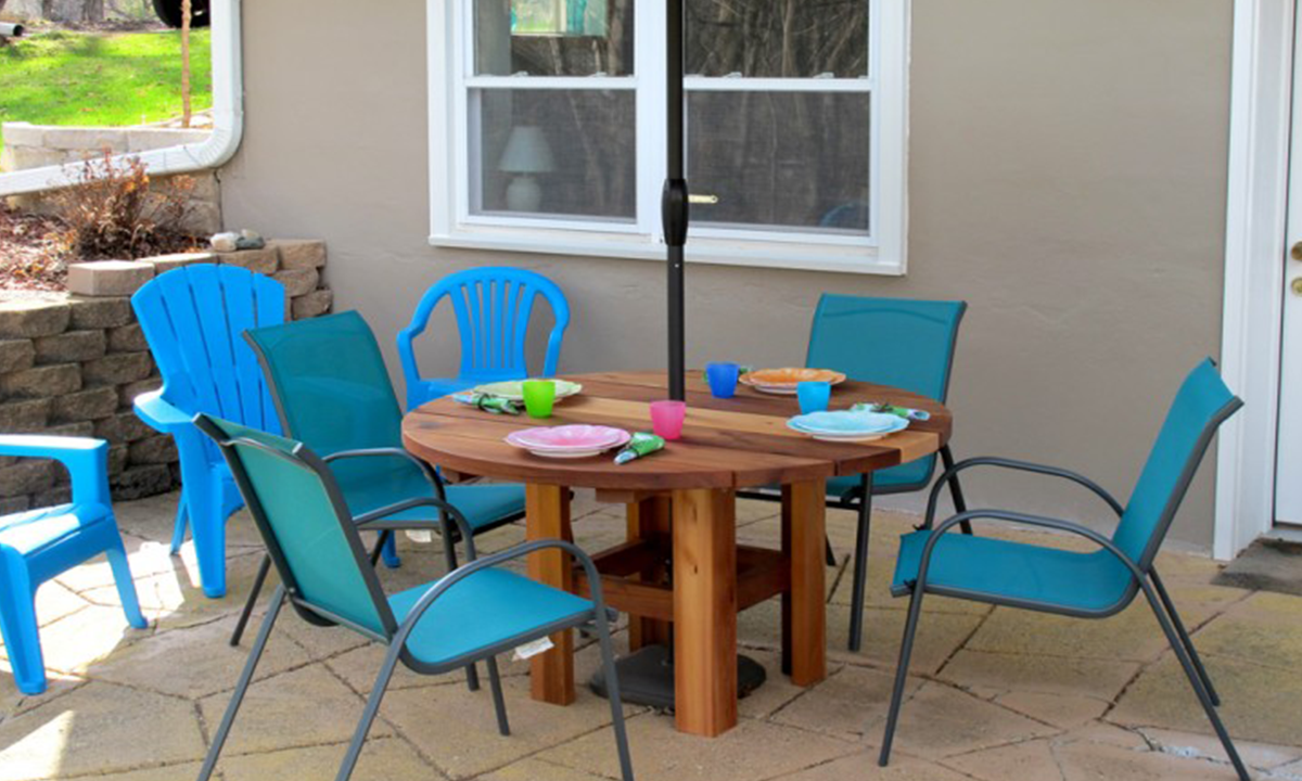 Outdoor 4 Person Table