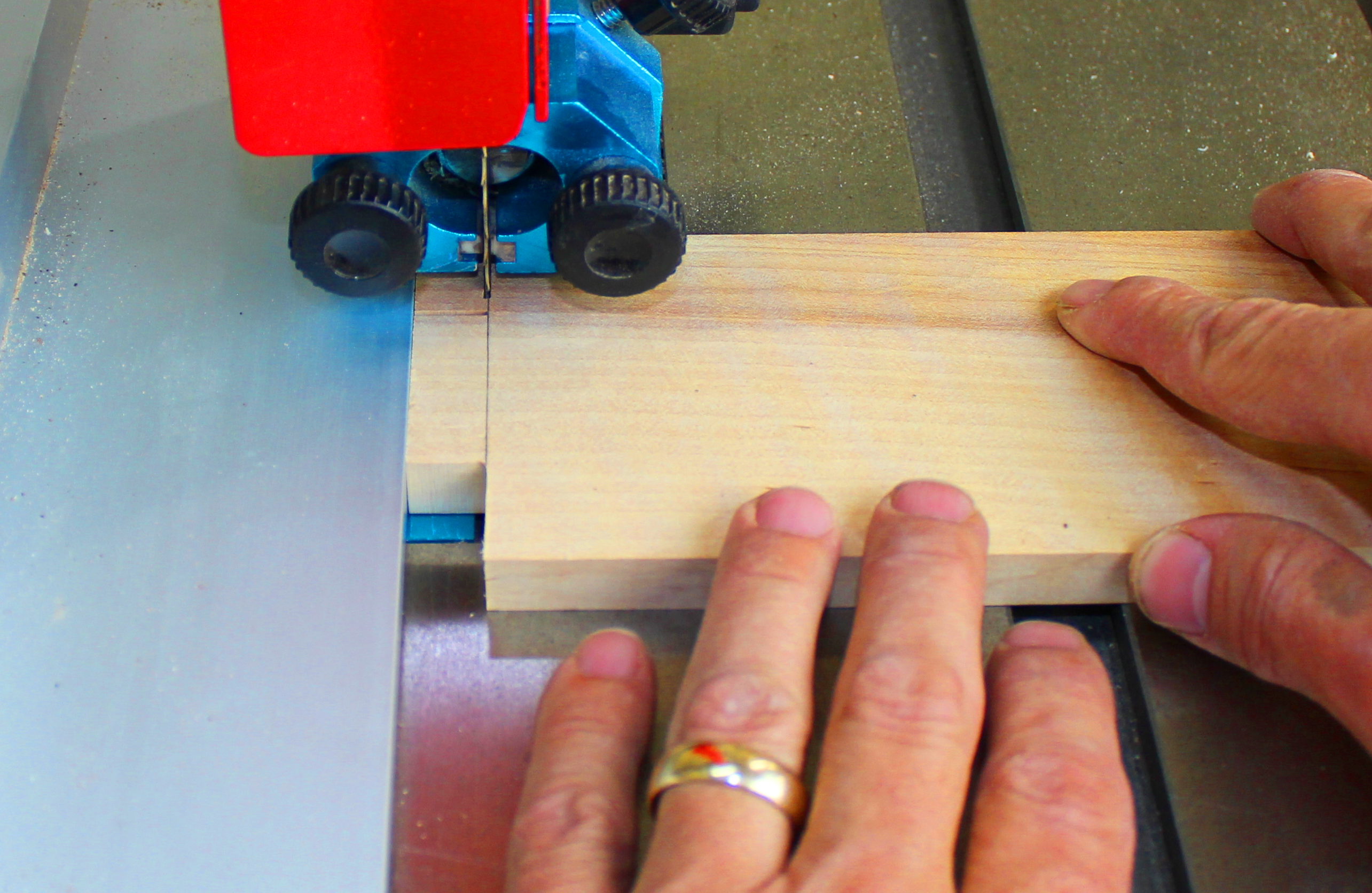 tenon cut on top