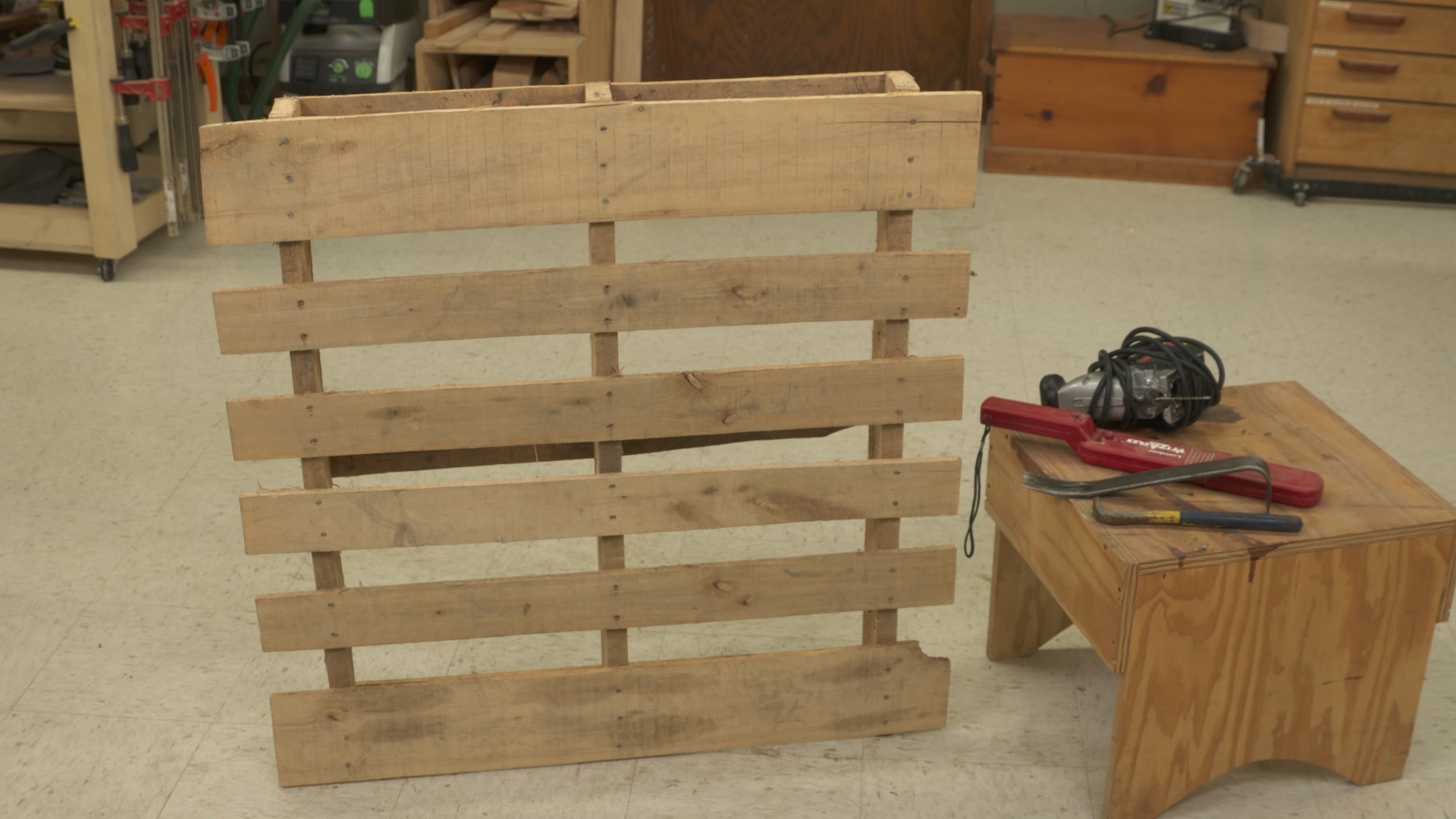 Working with pallet wood