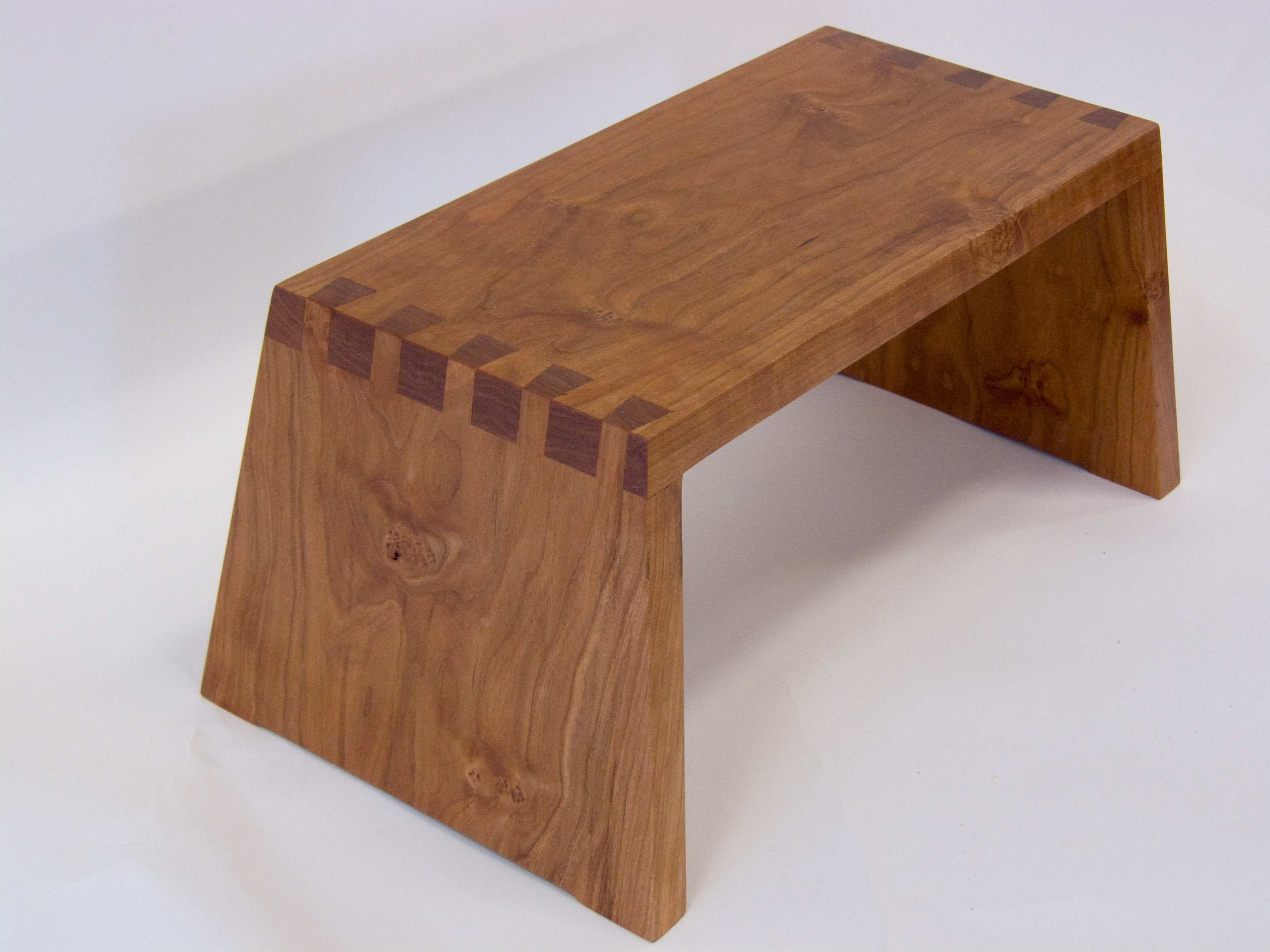 dovetailed stool